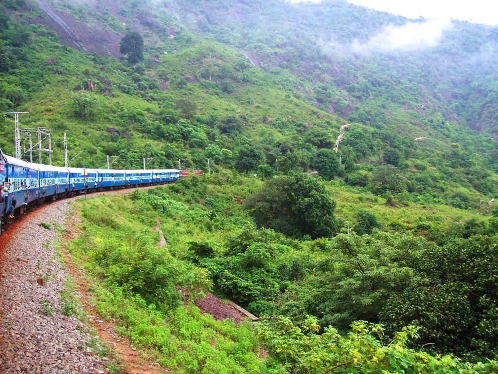 Most-Popular-Hill-Stations-in-South-India